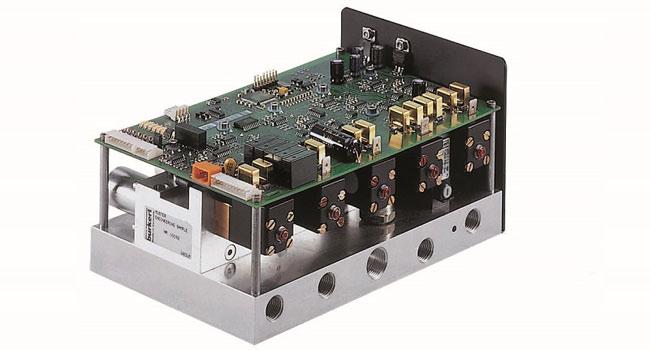Gas control system for plasma cutting